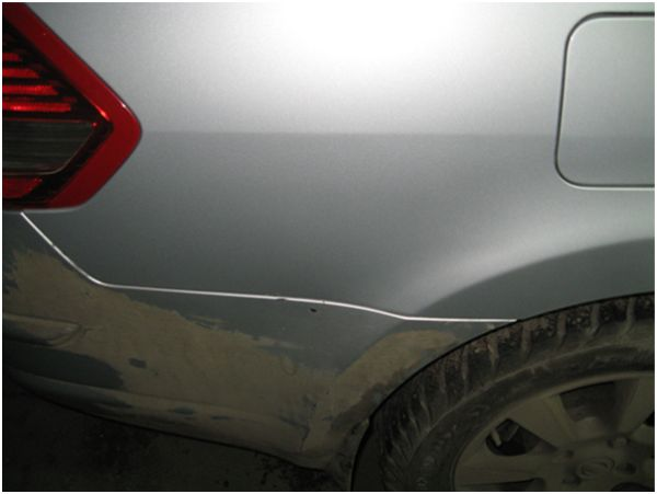 На фото результат кузовного ремонта без покраски