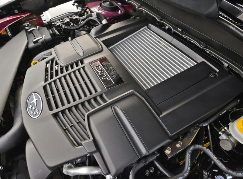 Сравнение Subaru Forester и Honda CR-V: фото двигателя Субару