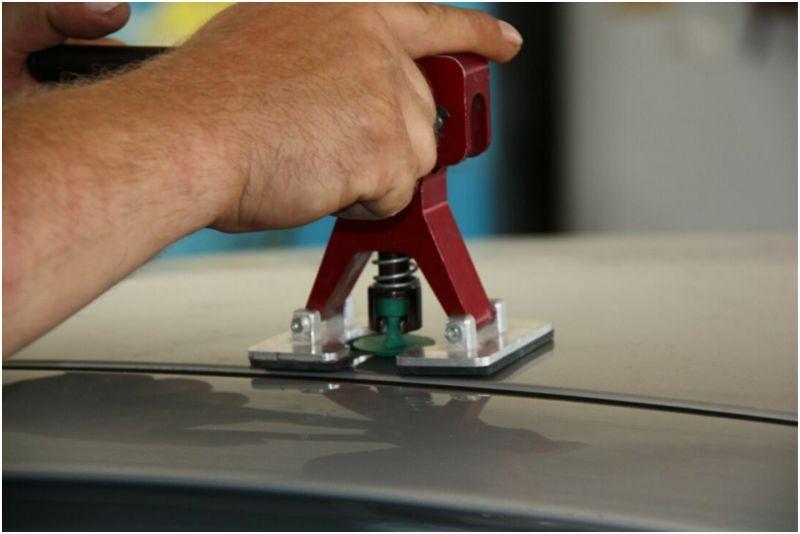 Что такое ремонт вмятин без покраски - вытягивание вмятины