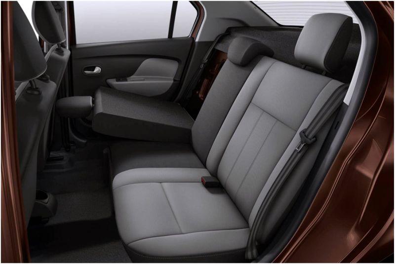 Renault Logan 2015: фото сиденьев второго ряда