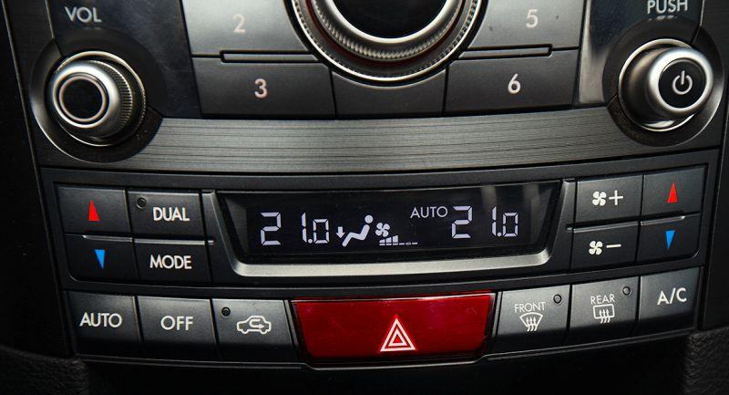 Subaru Outback: панель управления климатом и аудиосистемой