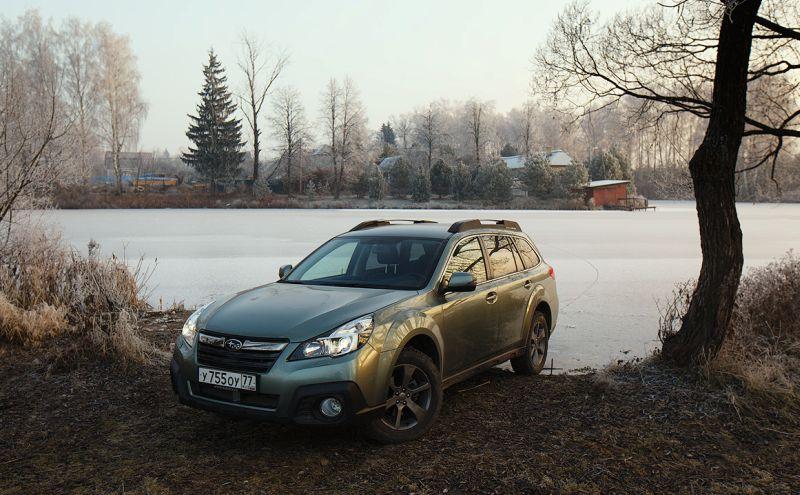 Фото автомобиля Subaru Outback вне асфальта