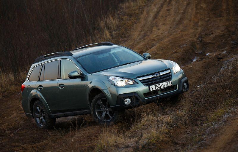 На фото Subaru Outback с просветом в 210 мм