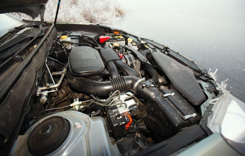 Subaru Outback: на фото оппозитный 2,5-литровый двигатель