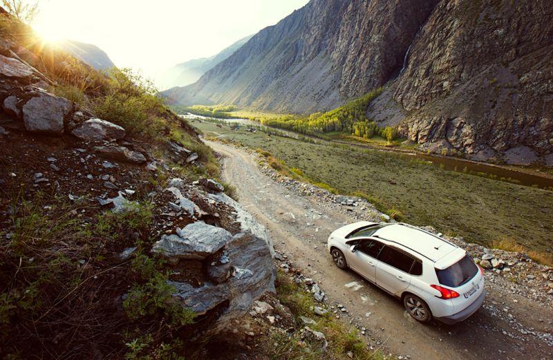 Поездка по горному Алтаю на городском кроссовере Peugeot 2008