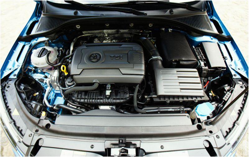 Skoda Octavia Scout 2014: на фото бензиновый двигатель с турбиной и интреркулером