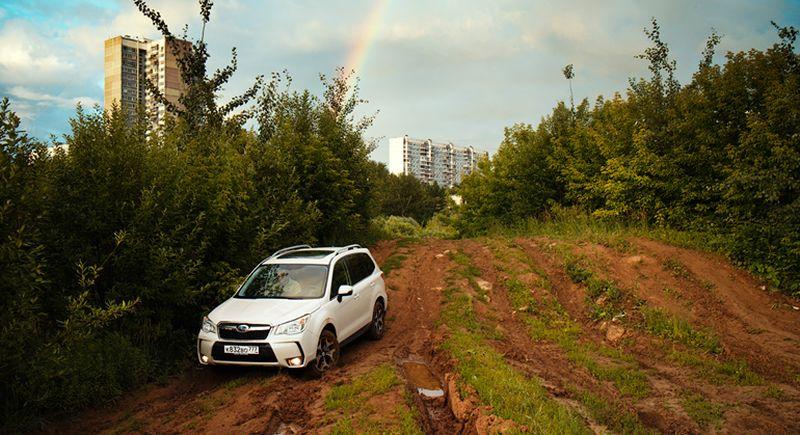 Subaru Forester XT на внедорожном полигоне