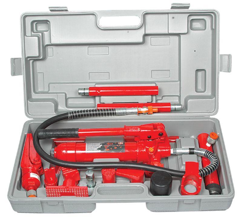 На фото инструмент для гидравлического кузовного ремонта