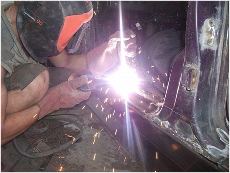 Кузовной ремонт порогов: прихватывание детали сваркой